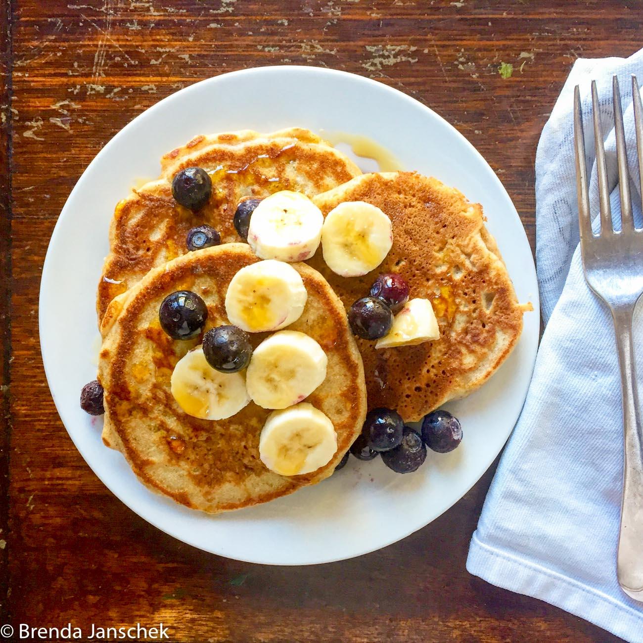 Brenda-Janschek-Recipe-Pancakes-Toppings-TFeature.jpg