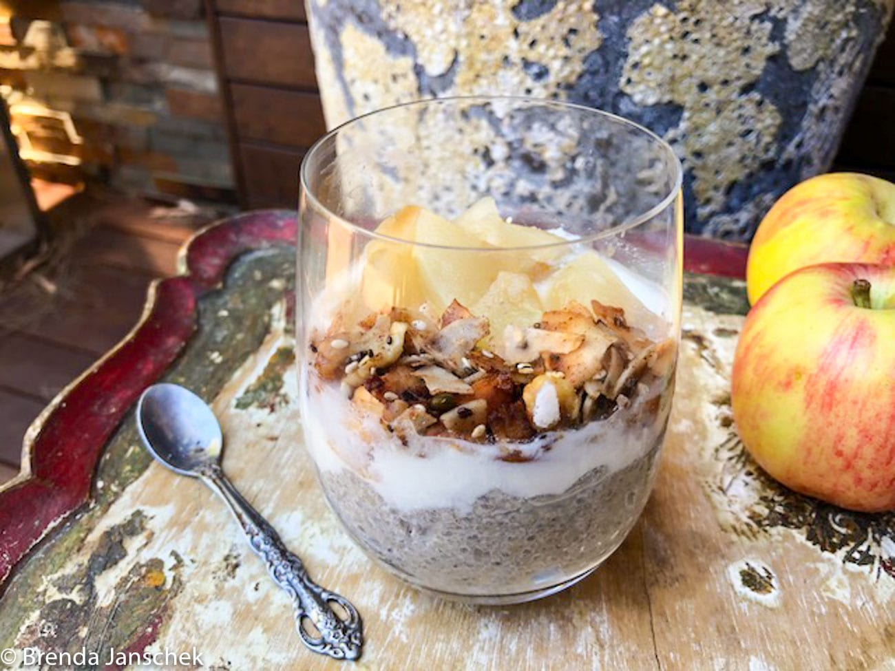 Brenda-Janschek-Recipe-Vanilla -Apple-Chia-Pudding.jpg